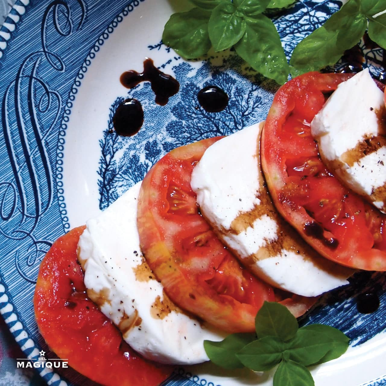 Heirloom Tomato Buffalo Mozzarella Caprese Sel Magique