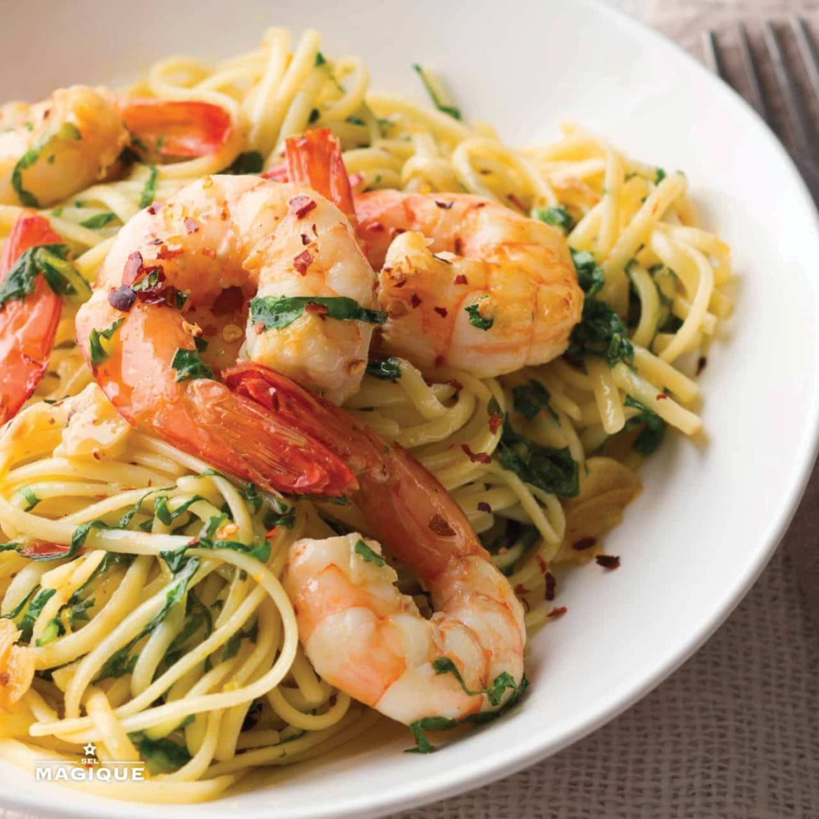 linguine-with-prawns-chilli-garlic-rocket-95151-1